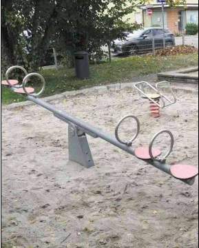Der Spielplatz wird –wenn überhaupt – von Kleinkindern genutzt. Foto: Uli Nagel
